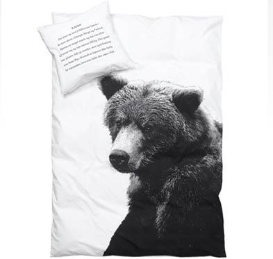 sengetøj med bjørnemotiv