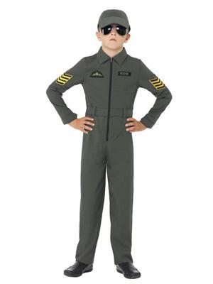 dreng i pilot kostume