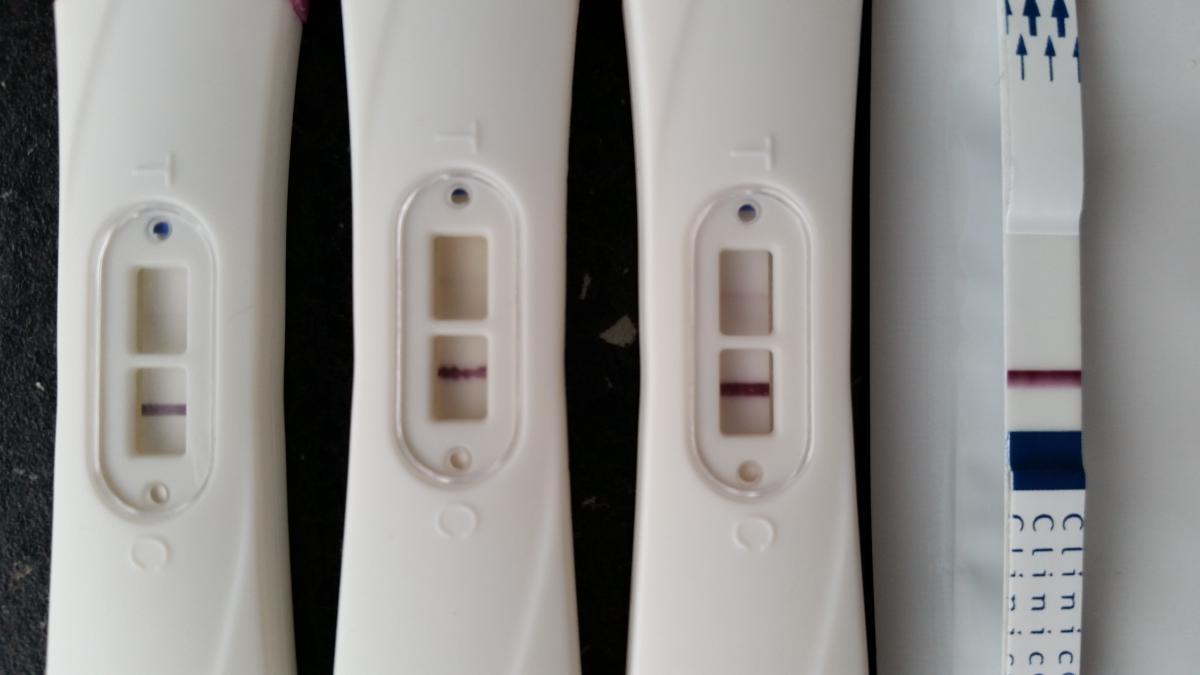 positivt graviditetstest efter mens