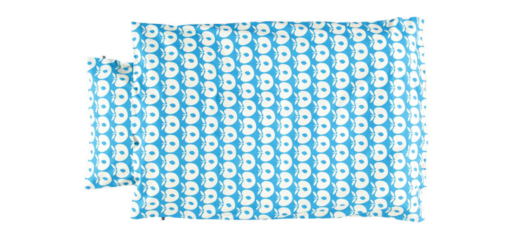 baby-sengetøj-småfolk-blå-æbler