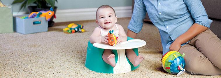 baby i bumbostol med playtray
