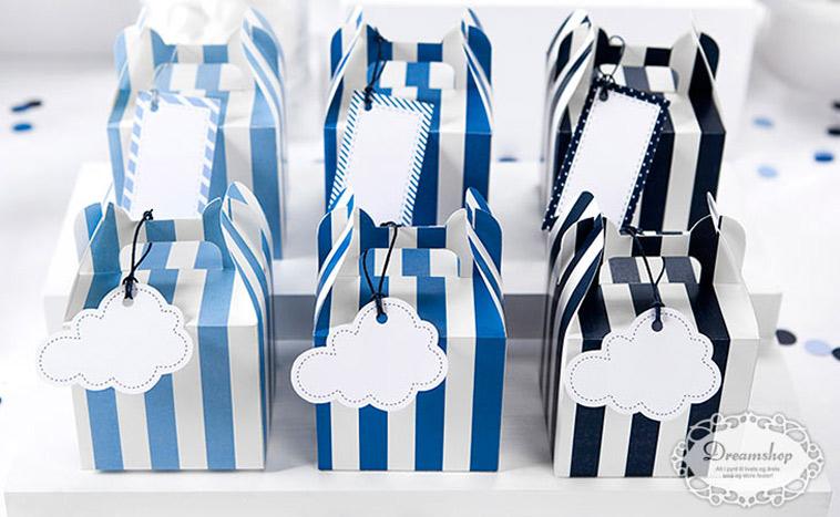 blå gaveæsker til børnefødselsdag